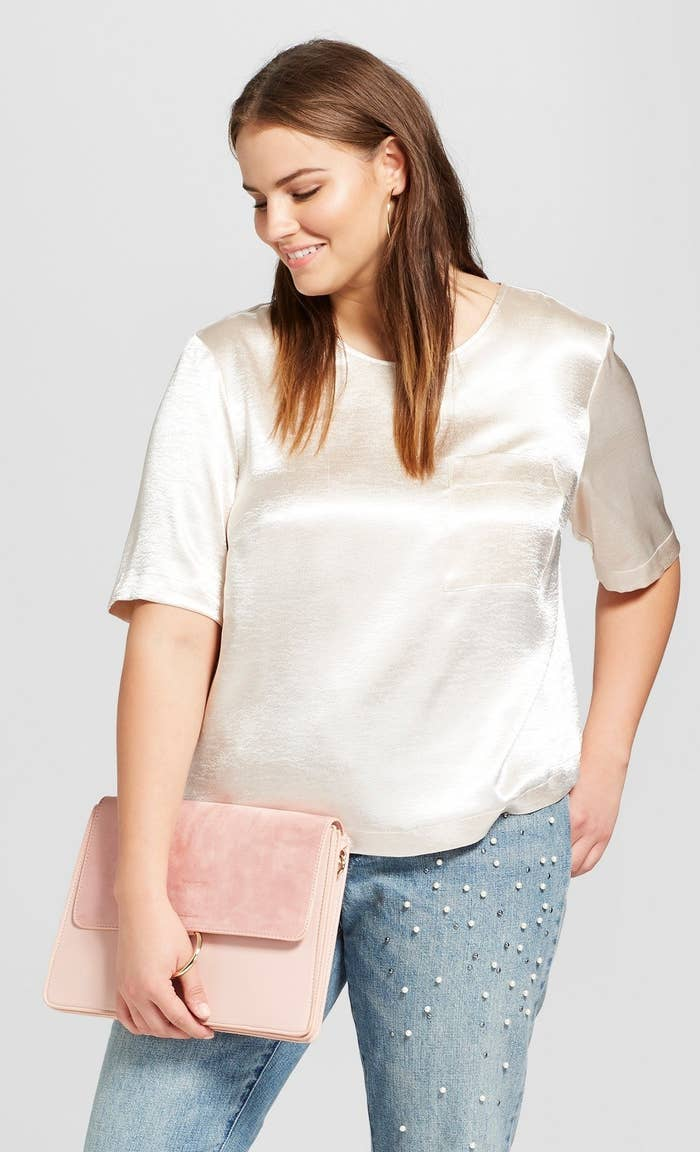 f10a2be91c5 A silky t-shirt for both casual let's-go-to-the-movies-days and fancier  let's-go-out-to-dinner situations.