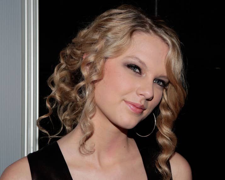 Taylor Swift When She Was 19