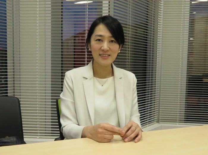 受賞の喜びを語る村中璃子さん