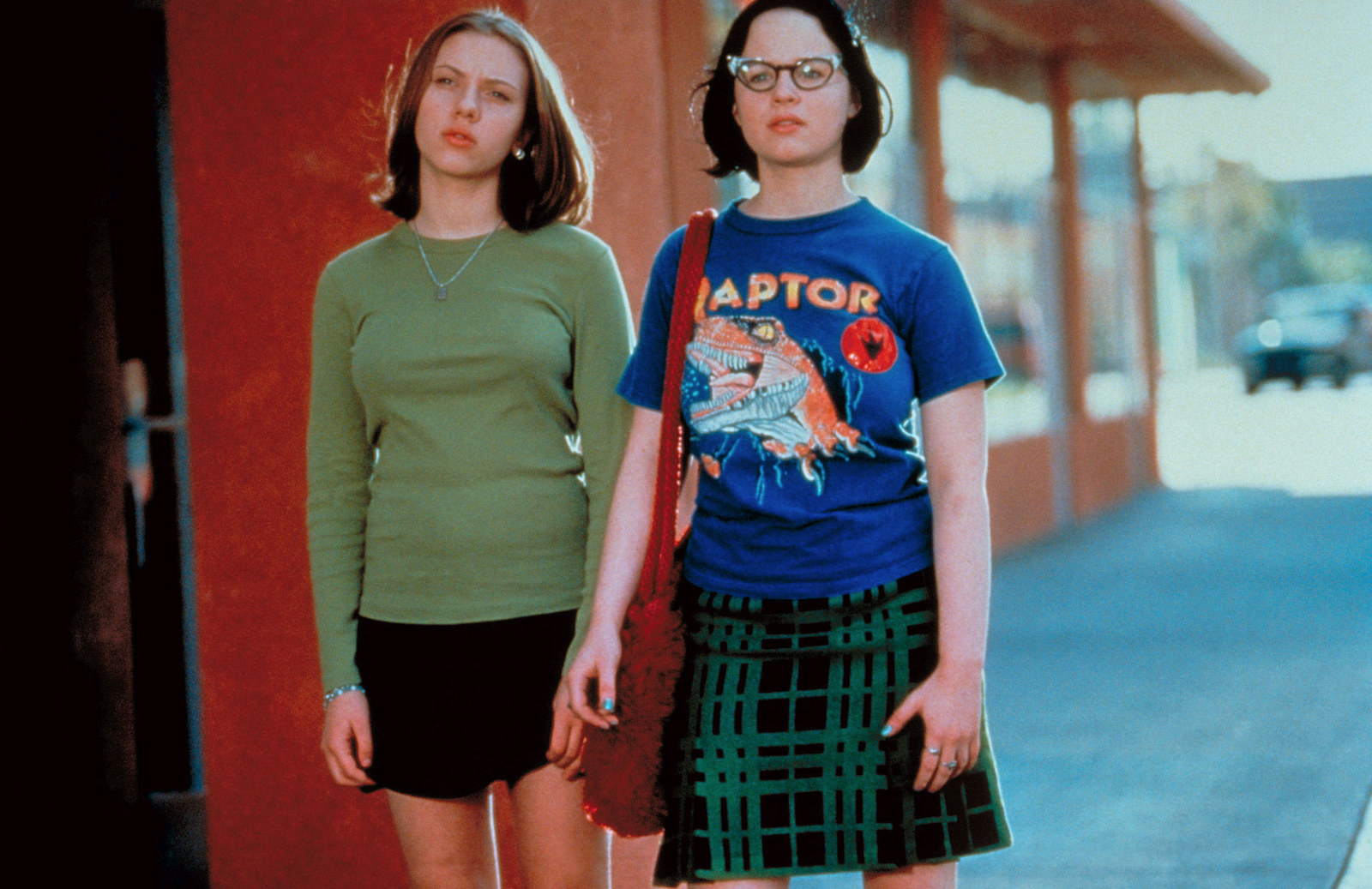 """42 Facts Every """"Ghost World"""" Fan Should Know"""