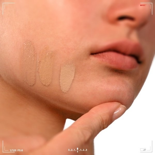 Do you always test shades of foundation on your jawline, because it's the same undertones as the rest of your face, but not as pale as your neck?