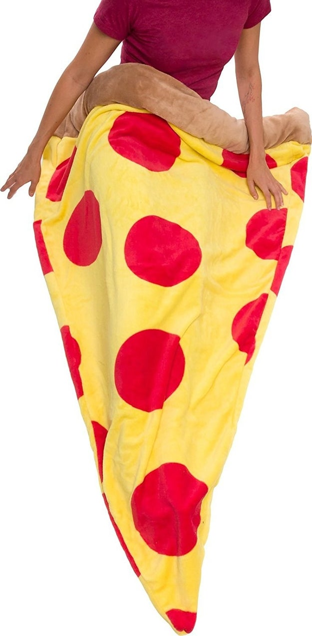 A cuddly sleeping bag every pizza lover ~kneads~ in their life.