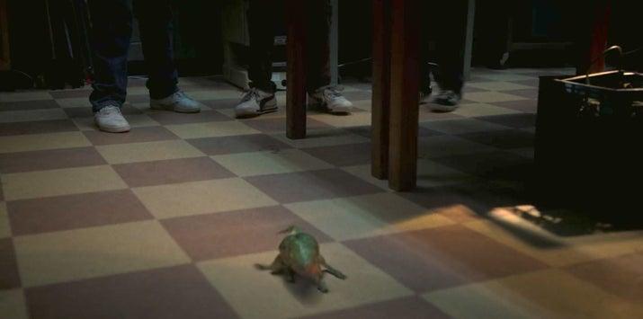 O que faz total sentido, é claro, porque Dart, como os Gremlins, tem más intenções.