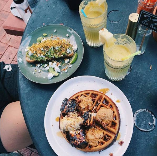 If you're a foodie, you can't go past Alley Cats. It's the perfect place for brunch. Fresh daily juice, amazing coffee, pastries, and delicious, Instagram-worthy meals make it worth the stop.