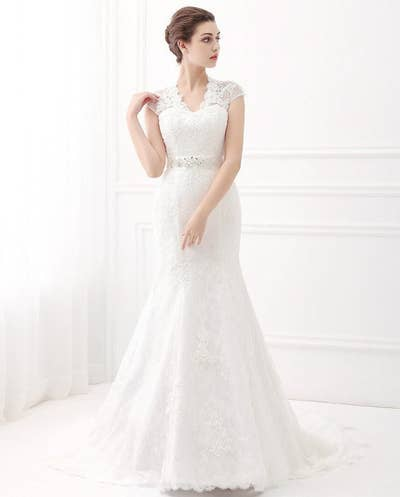 02d50840ce9 29 Of The Prettiest Wedding Dresses You ve Ever Seen