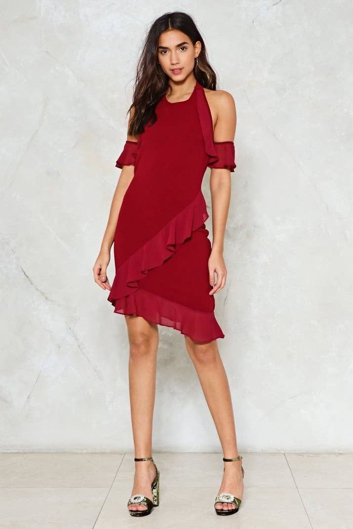 A Fun Ruffled Halter Dress With Open Shoulders For Look That Ll Make The Dj Give You Shout Out In Between His 80 S