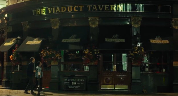 The Viaduct Tavern first opened in 1869 as a gin palace (gin was popular amongst poor Londoners because it was cheaper than beer).