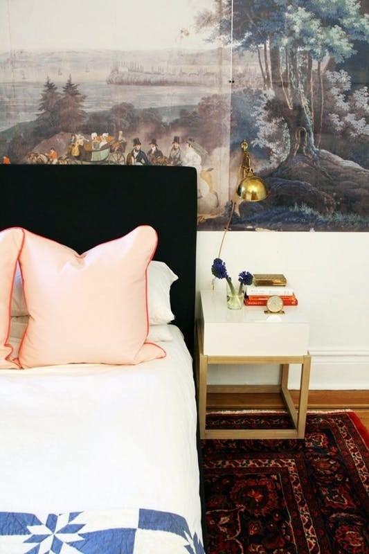 Pósters grandes, obras de arte y fotografías serán la decoración principal de tu casa.