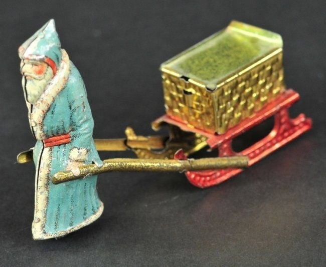 These cheap, cheerful tinplate models were manufactured in Germany and then sold in the UK for a single penny between around 1890 and 1920 by street traders, so that (in theory) even cash-strapped families would be able to afford at least one toy for their child.
