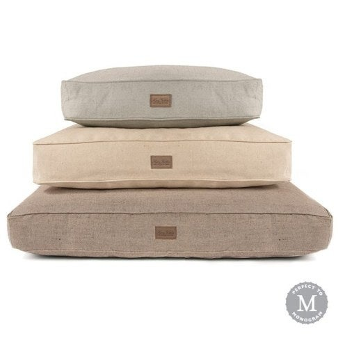Your puppy will also need a nice dog bed to welcome him comfortably to his new home. In my opinion,Harry Barkeroffers the best variety of designs, sizes and something to truly complement just about any home's décor. Some of their beds can even be personalized with your new puppy's name! This classic styleis not only durable, but mildew resistant. The cover is preshrunk and machine washable, and the bed insert is made in the USA. Your puppy will really enjoy getting cozy in this Harry Barker bed, and you'll appreciate the quality it offers for many years to come!