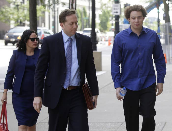 Marcus Hutchins enters the federal courthouse in Los Angeles.