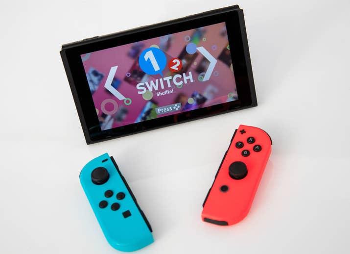 La consola que puedes utilizar en tu casa y en donde tú quieras. Tras su lanzamiento, jugamos Zelda en Nintendo Switch en compañía de Bully, uno de los gamers más cool.