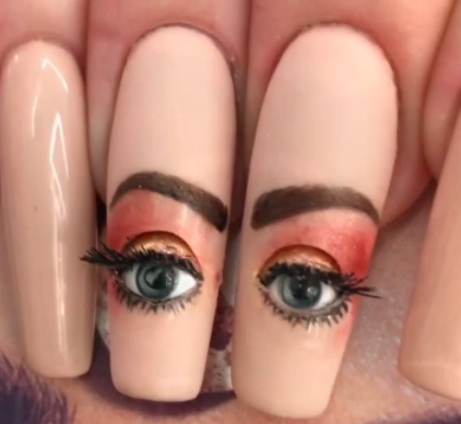 HOLY FUCK, these nails are giving MAJOR SIDE EYE.