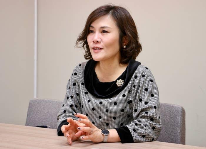 話してくれたのは、リクルートキャリア「就職みらい研究所」所長の岡崎仁美さん。リクルートに新卒入社をして以来ずっと人材関連事業に携わってきた、採用のエキスパートです。就活の服装について詳しく聞いてきました。