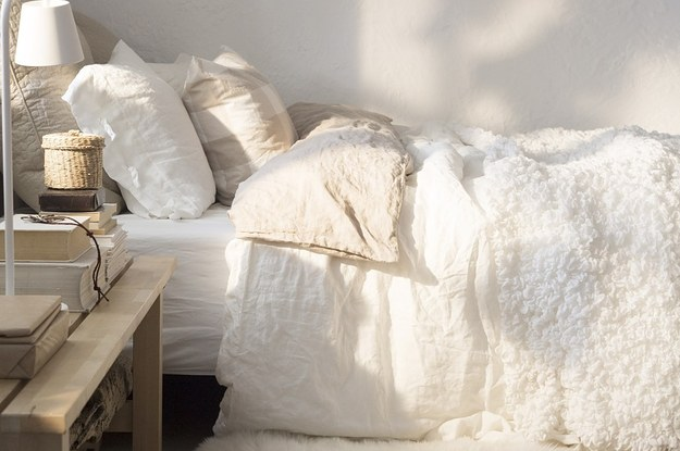 How to make bed sheet Sew Buzzfeed 17 Ways To Make Your Bed The Coziest Place On Earth