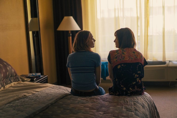 Christine (Saoirse Ronan) and her mother Marion (Laurie Metcalf) in Lady Bird.