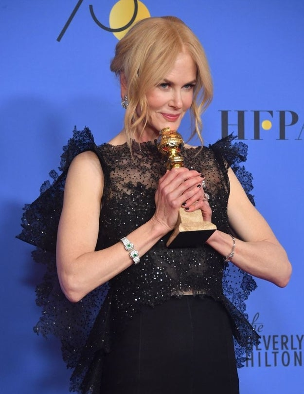 On the heels of an incredibly moving and symbolic Golden Globes red carpet blackout on Sunday in support of the Time's Up movement, Nicole Kidman showed up to the 23rd Annual Critics' Choice Awards tonight in a slightly ~different~ state of mind.