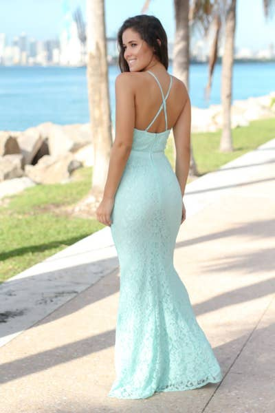321c12b0368 14. Saved by the Dress — a dress seller that will truly save you when  you re not sure where to shop.