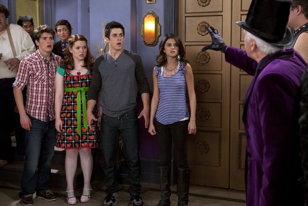 But besides admiring the 25-year-old singer, Gregg also hopes the cast will one day reunite for an epic Wizards of Waverly Place reunion.