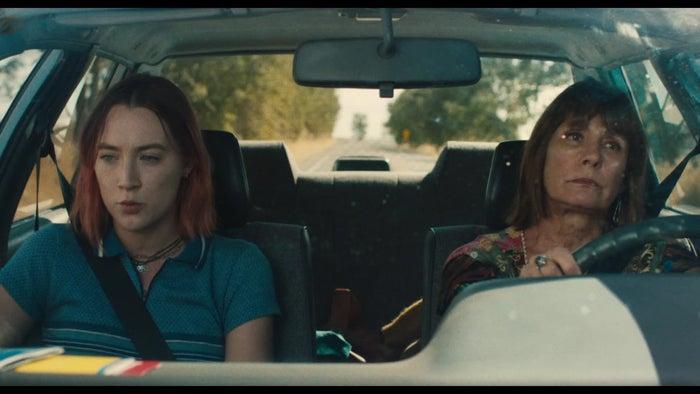 C'est le premier film de Greta Gerwig, actrice remarquée dans Frances Ha. Le film, dont tout le monde parle depuis sa sortie aux États-Unis, est fortement pressenti pour remporter beaucoup d'Oscars –peut-être sera-t-elle la deuxième femme de l'histoire à remporter l'Oscar de la meilleure réalisation? On veut y croire.Sortie le 28 février 2018.