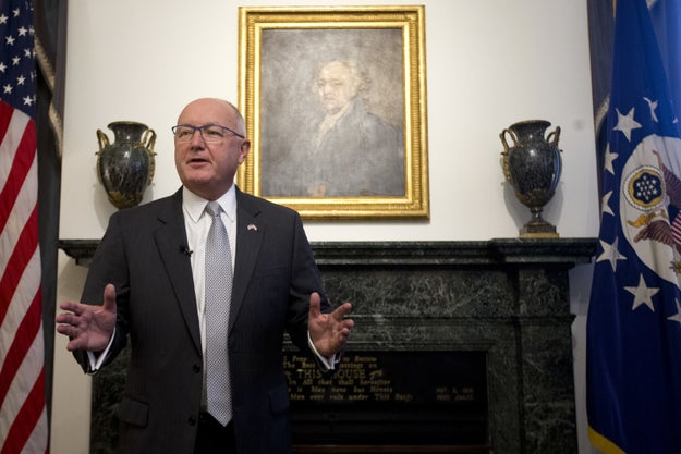 US Ambassador to the Netherlands Pete Hoekstra, appointed by President Trump and sworn in by Vice President Pence in December, has spent the first month in his new job disputing anti-Muslim comments he made in 2015.