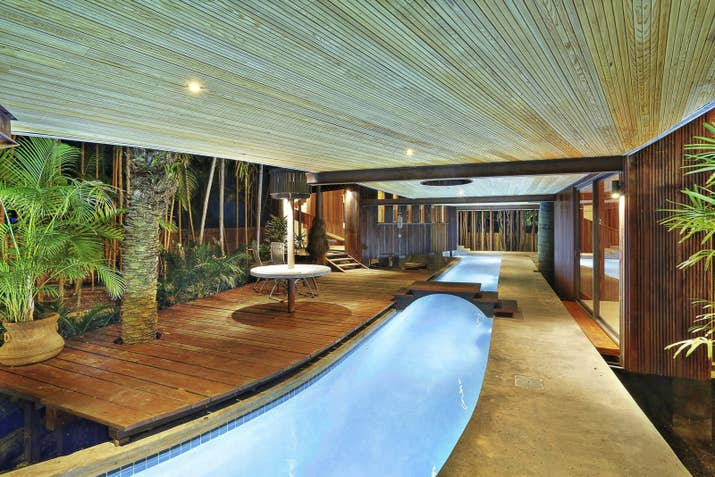 This Home Has Its Own Personal Lazy River And Holy Crap I Want To ...