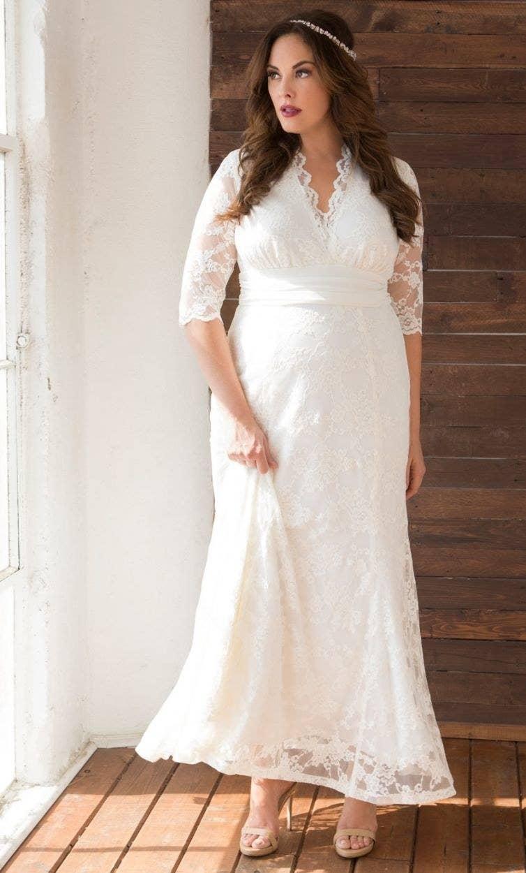 33 Absolutely Gorgeous Plus Size Wedding Dresses,Middle Aged Wedding Reception Plus Size Wedding Guest Dresses
