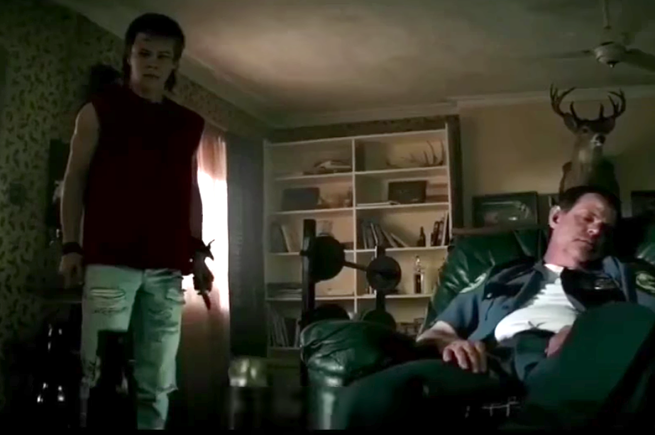 """Here's A Deleted Scene From """"It"""" That Deserves Its Own Award For Creepiness"""