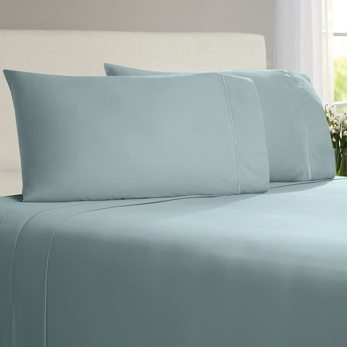 """Promising Review: """"If you are looking for quality, beauty, and a nice price point, look no further than this 800-thread count set by Chateau Home Collection of bedding sheets. You will love the look and feel as soon as your head hits the mattress."""" —Ron McCrayGet them from Amazon for $69.99+ (available in 21 colors, and four sizes)."""