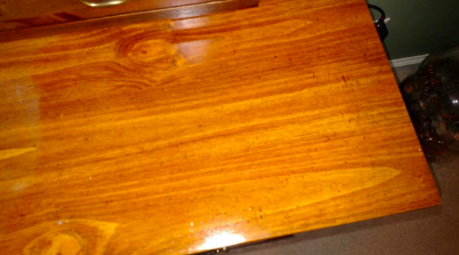 This Wood Polish's Before-And-After Photos Will Make You A Believer