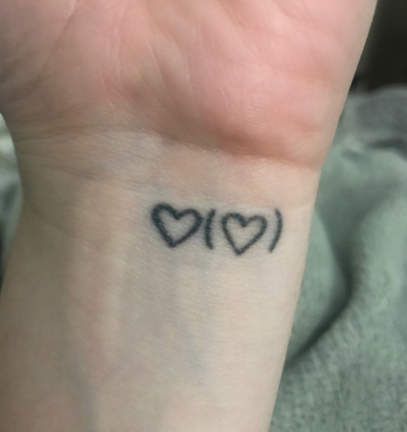 """""""I got my tattoo after my dad died. I read the poem '[i carry your heart with me(i carry it in]' by E.E. Cummings at his funeral.""""—aliciam4fa618d95"""