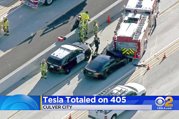 Here's What Cops Have To Say When Teslas On Autopilot Crash
