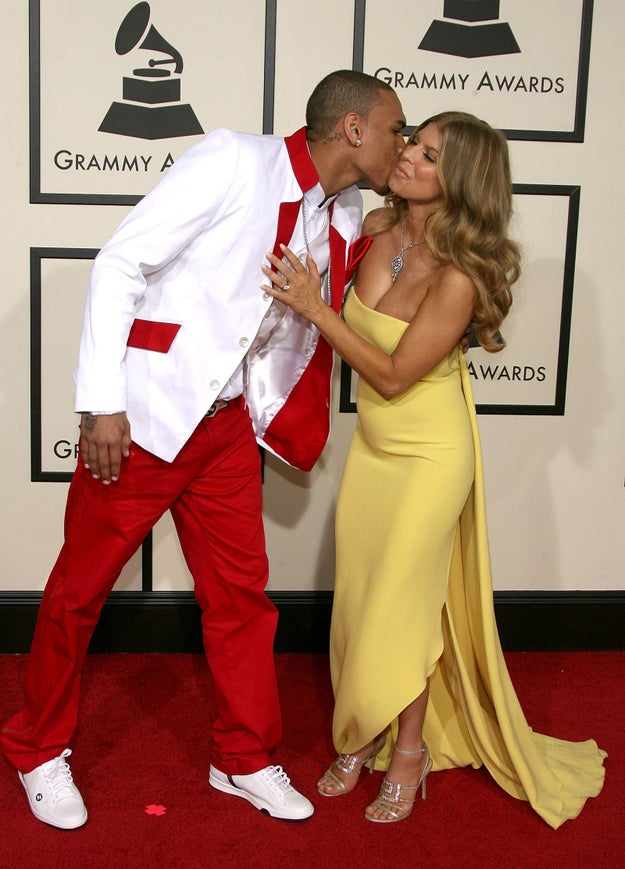 Meanwhile, Fergie had to deal this awkward kiss from Chris Brown.