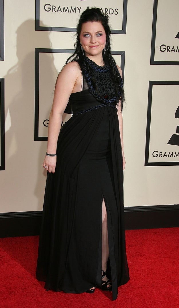 And while we're on this throwback bender, here's a photo of Amy Lee, from Evanescence, on the red carpet.