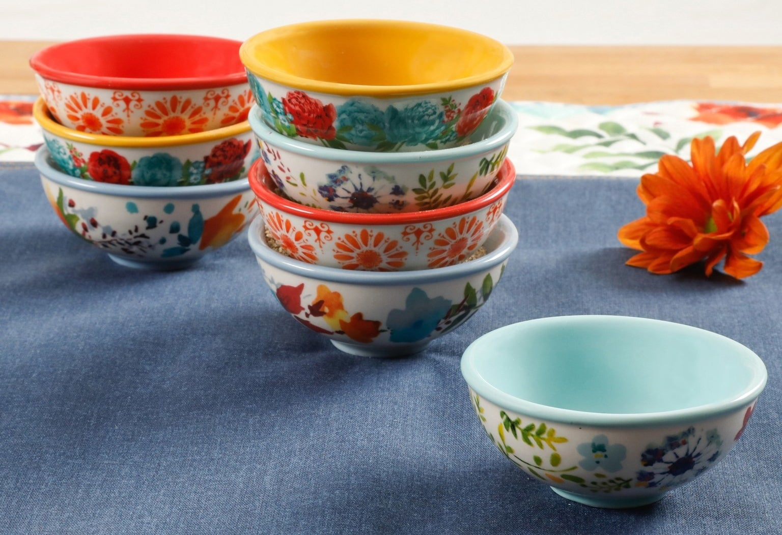 A set of eight tiny dip bowls with a cool vintage vibe that are totally dishwasher and microwave safe.