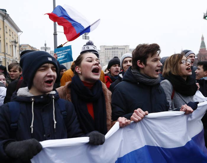 Protestors gather in Moscow on Sunday where opposition leader Alexei Navalny was arrested.