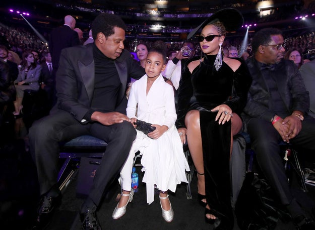 So probably one of the most important things that happened at the Grammys this year was that the Carter family (minus Sir and Rumi because they're basically still foetuses) graced us with their presence.