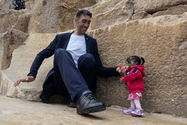 Sultan Kosen, 34, is a staggering 8 feet 1 inch, and Jyoti Amge, 24, is 2 feet and 0.7 inches.