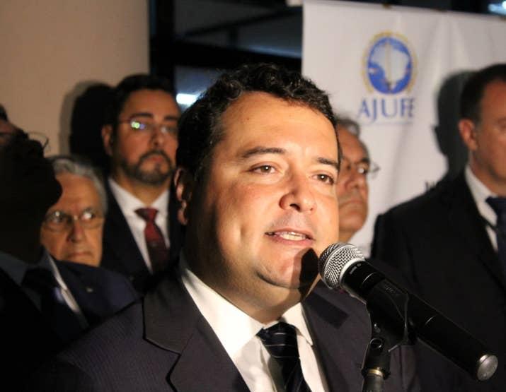 O presidente da Ajuferjes, juiz federal Fabrício Fernandes.