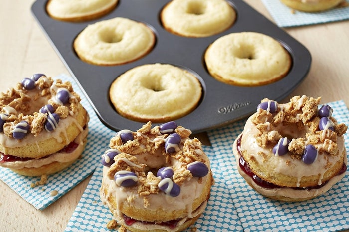 """This pan yields six doughnuts –so yum times six! It's non-stick and dishwasher-safe.Promising Review: """"After seeing lots of recipes on Pinterest for these pans, I had to have them. Walmart's price was way better than any other place. The grandkids and I tried them out the day I picked them up. The chocolate doughnuts were a big success. The pans worked beautifully and cleaned up with a quick wash. I bought a set for my daughter-in-law because I was so pleased with them."""" —tess89Price: $9.99"""