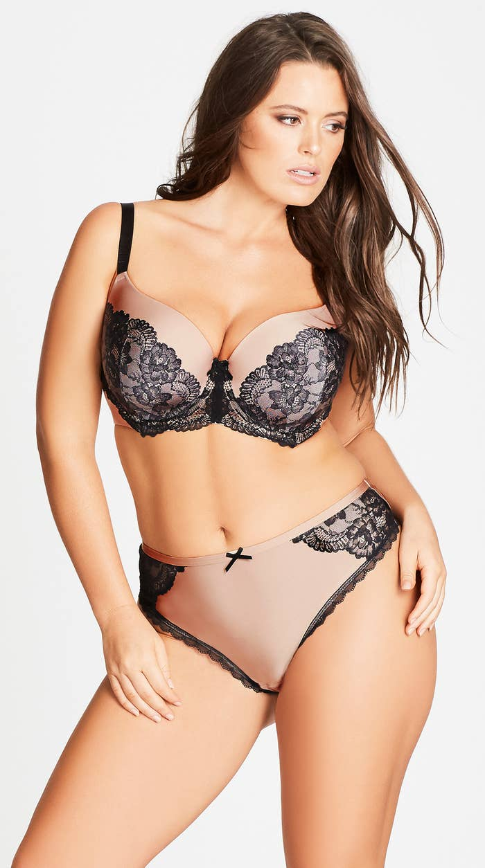 d4f847580b A t-shirt bra and thong that exude allllll kinds of old Hollywood glam.  RIGHT !