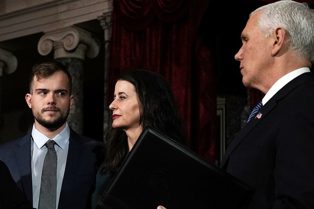To be fair, it's not 100% clear in the image by Getty's Alex Wong whether Carson is looking at Pence or his mom.