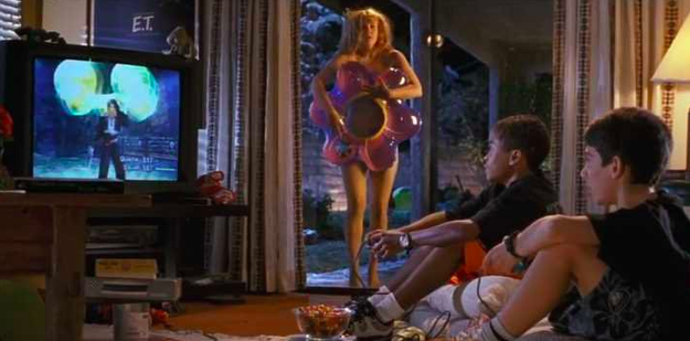 Drew Barrymore ends up at the E.T. house in Charlie's Angels.