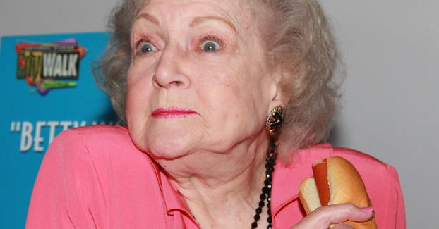 Betty White Has Been Keeping It Real For 96 Years With Vodka And Hot Dogs Like A True Legend