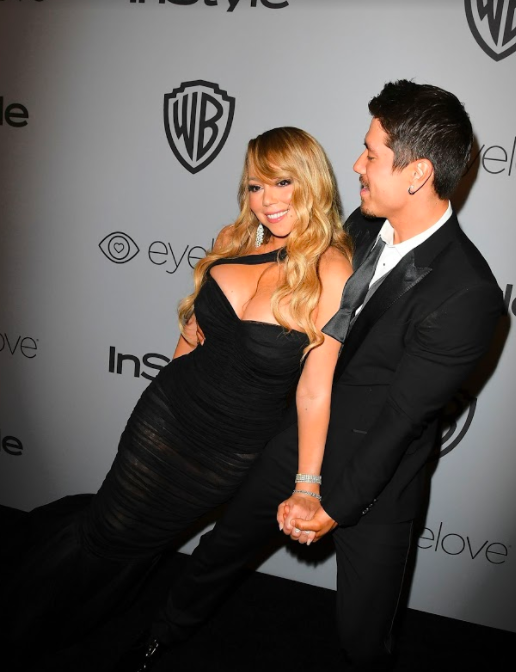Mariah Carey tried out an interesting red carpet pose.