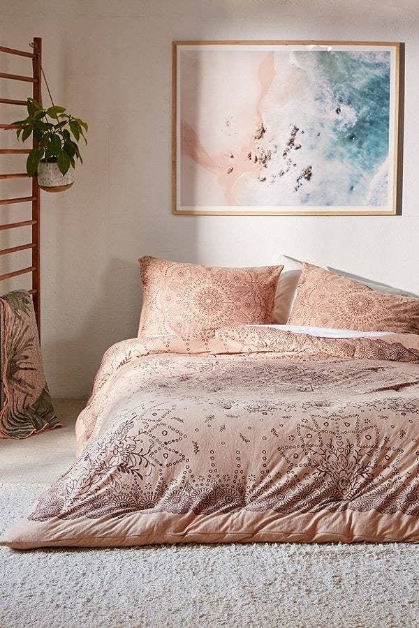 Here Are The Places That Sell Best Bedding Online