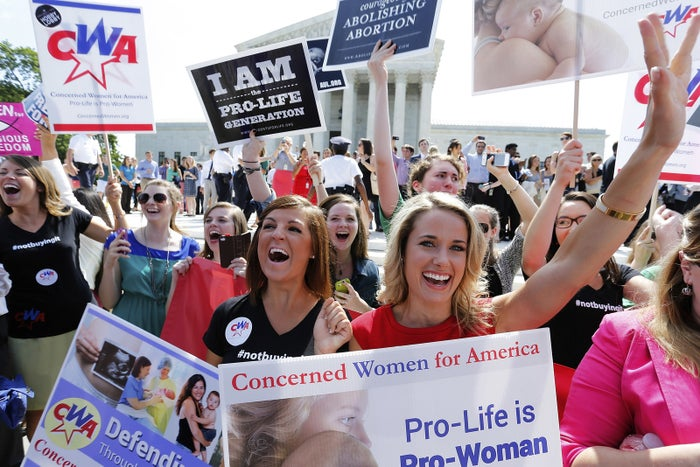 Anti–abortion rights demonstrators outside the US Supreme Court.