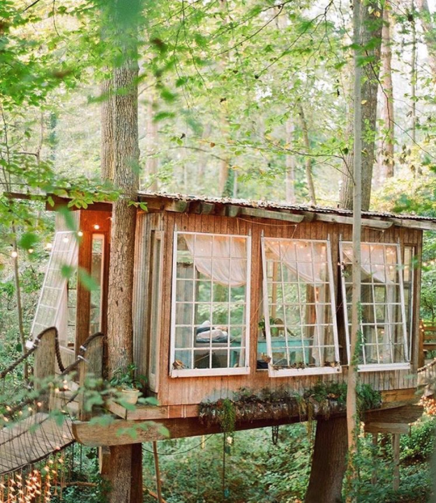 Nature lovers will flip over this legit tree house in Atlanta, listed at $375 a night...