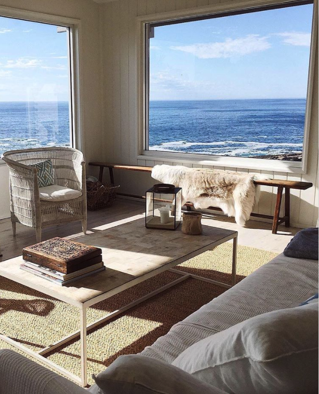 And Down Under, there's this Australian apartment with THE best ocean views ever, currently listed at $325 per night.