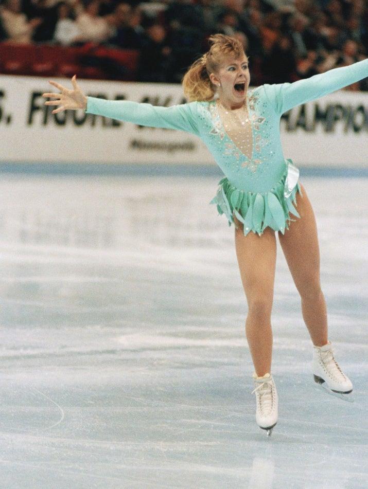 奥运史上第一位成功完成「3周半跳」的美国亚裔女选手,滑冰女将激动落泪! -5a82876b48620